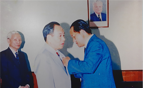 """Bế mạc triển lãm """"Công an nhân dân Lào - Việt Nam - thắm tình hữu nghị"""""""
