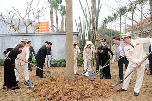 Lễ kỷ niệm 70 năm Ngày Chủ tịch Hồ Chí Minh có Sáu điều dạy Công an nhân dân và khánh thành Khu lưu niệm Sáu điều Bác Hồ dạy Công an nhân dân