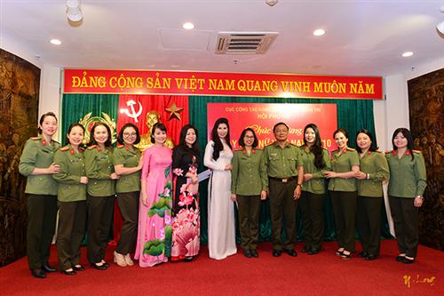 Cục Công tác đảng và công tác chính trị tổ chức gặp mặt kỷ niệm 90 năm Ngày thành lập Hội Liên hiệp phụ nữ Việt Nam