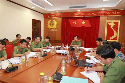 Lãnh đạo Bộ Công an làm làm việc với các đơn vị chức năng về triển khai dự án Khu lưu niệm An ninh Khu VIII tại tỉnh Đồng Tháp