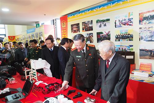 Bảo tàng Công an nhân dân - Cục Công tác đảng và công tác chính trị, Bộ Công an trưng bày triển lãm phục vụ Hội nghị Công an toàn quốc lần thứ 74