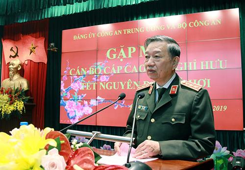 Bộ Công an gặp mặt cán bộ Công an cao cấp đã nghỉ hưu nhân dịp Tết Nguyên đán Kỷ Hợi 2019