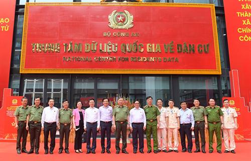 Thủ tướng Phạm Minh Chính dự Hội nghị tổng kết 2 dự án trọng điểm và Lễ công bố vận hành hệ thống