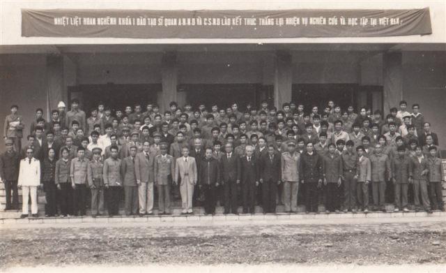 98.Lễ bế giảng khóa I đào tạo Sỹ quan An ninh nhân dân và Cảnh sát nhân dân Lào.